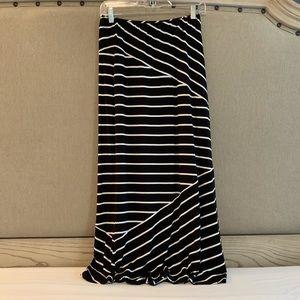 LOFT - Maxi Skirt